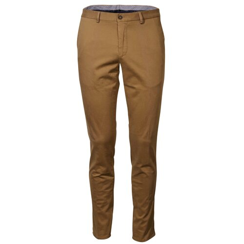 Chino Hilger in Camel